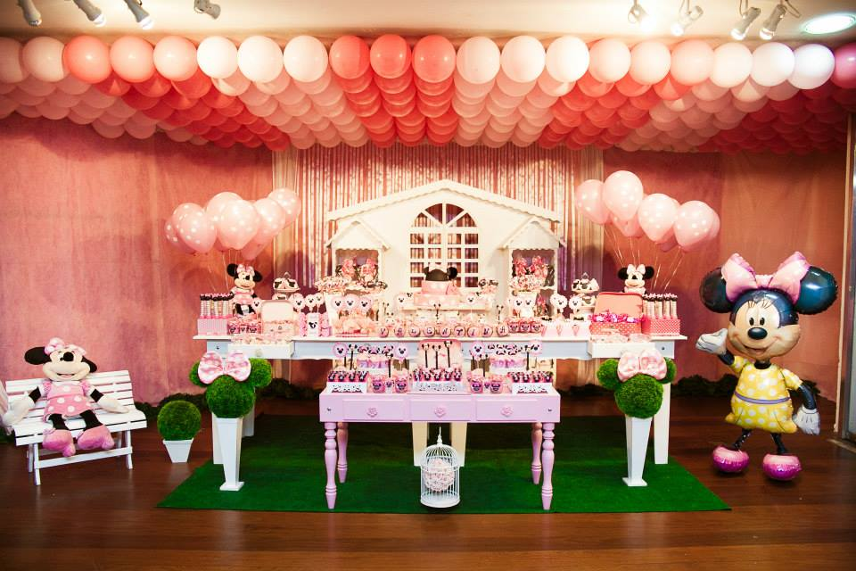 3 formas inusitadas de utilizar balões em festas infantis Balões Personalizados -> Decoração De Festa Com Balões No Teto